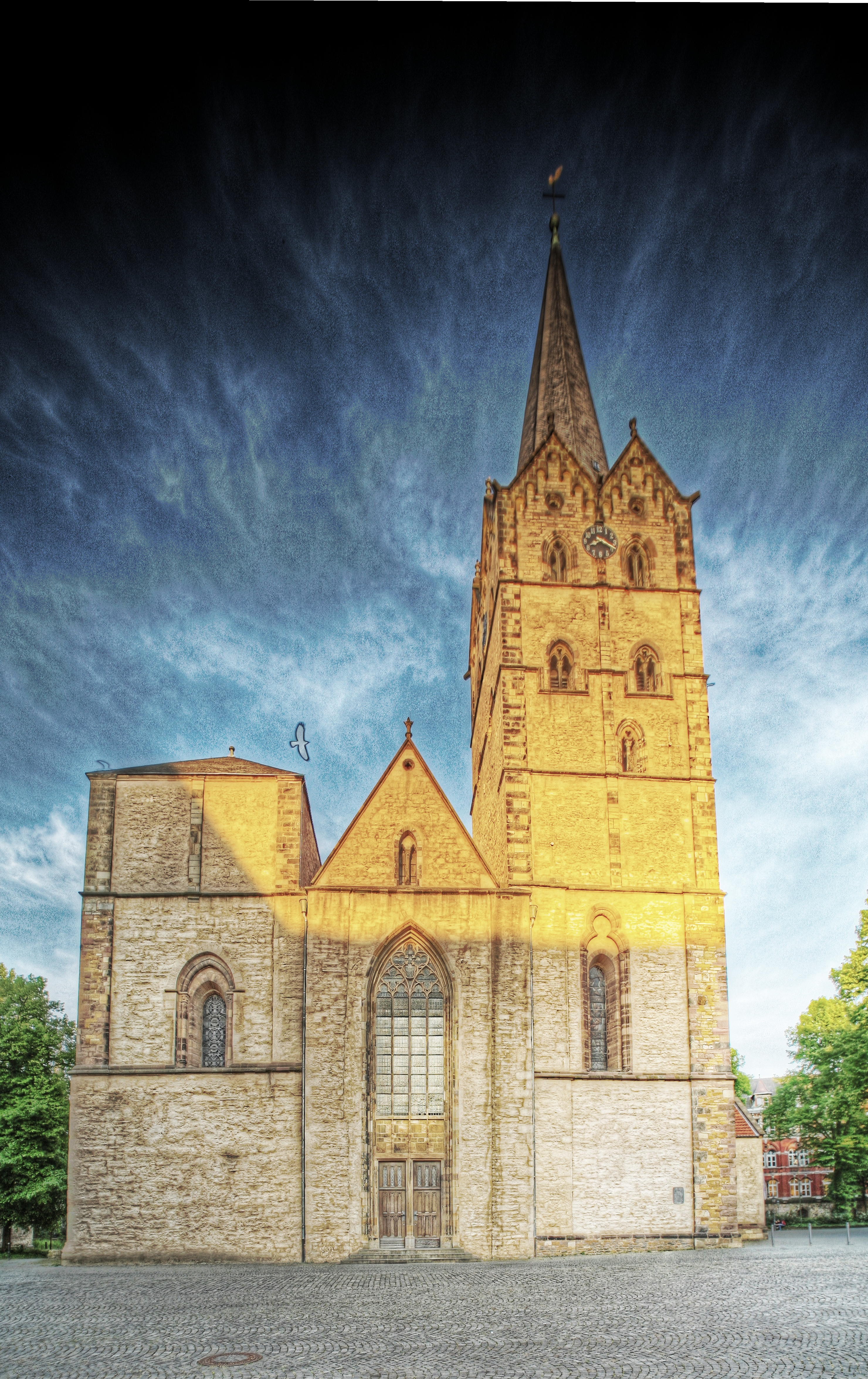 Kirche außen HDR