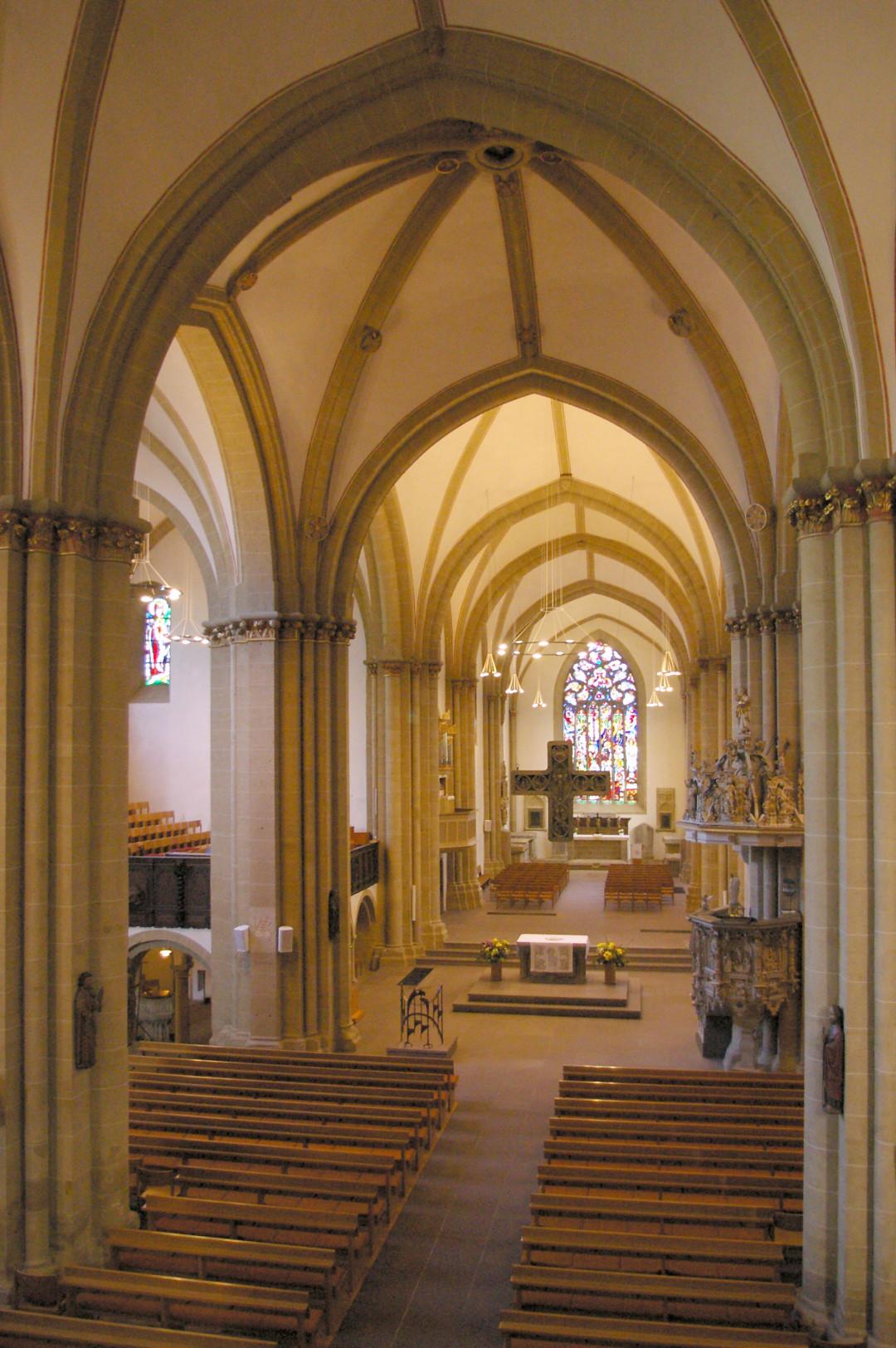 Münsterkirche Innen a - Foto Johannes Beer